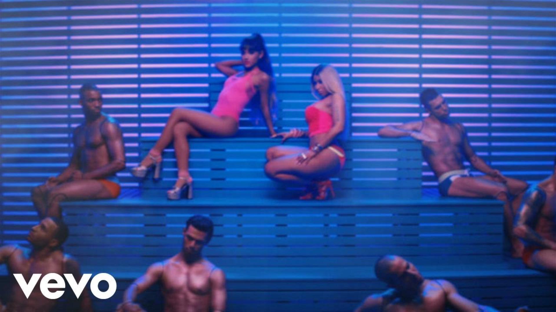 Side To Side por Ariana Grande & Nicki Minaj