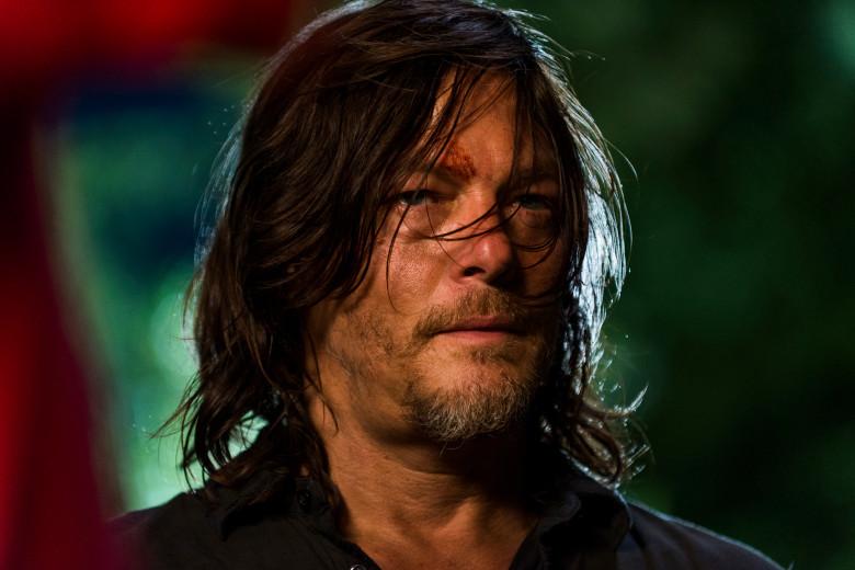 Daryl sempre com a mesma cara.