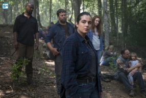 THE WALKING DEAD SO8EP11 – Dead or Alive or