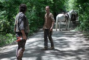 "THE WALKING DEAD – SO9EP4: ""The Obliged"""